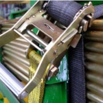 cinta-amarracao-carga-catraca-02